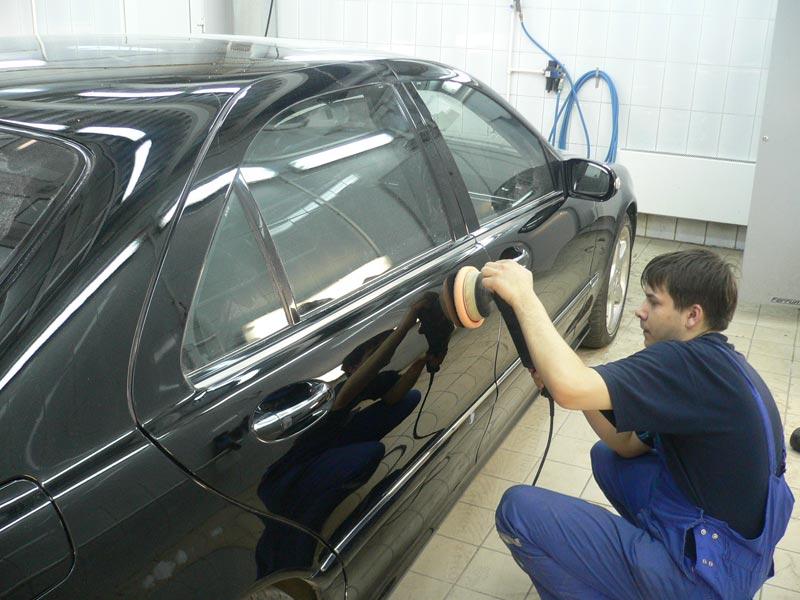Фото процесса ремонта автомобильной двери